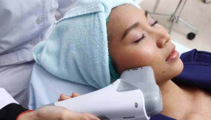 Foto de Cómo trabajar en tratamiento facial con ultrasonidos: en qué consisten y quién puede trabajarlos