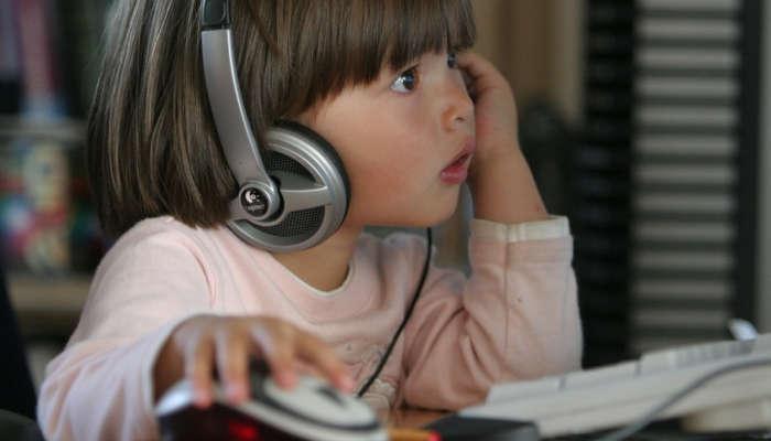 Foto de ¿Cómo mantener a los niños seguros en plena era digital?