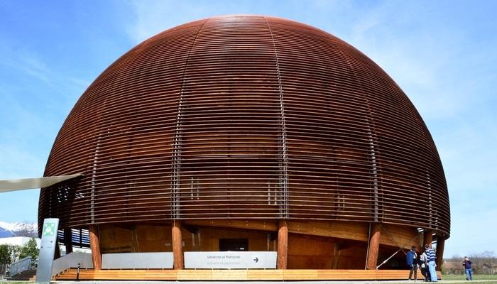 Foto de Becas del CIEMAT rumbo al CERN en Ginebra