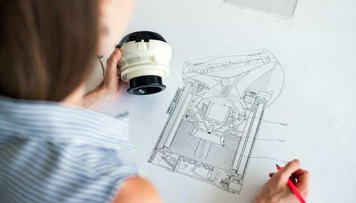 Foto de Structuralia lanza becas para másteres online y facilita certificados en sus cursos gratuitos ante el Covid-19