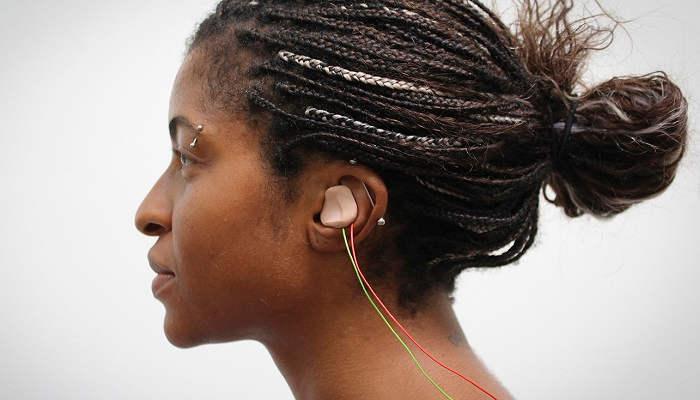 Foto de Hallan la forma de mejorar la capacidad de aprendizaje de idiomas en adultos con estimulación eléctrica