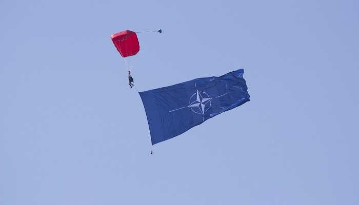 Foto de Prácticas de seis meses en la OTAN para estudiantes y recién graduados
