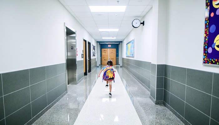 """Foto de Vuelta al Cole segura: """"Si hay enfermera podrá valorar si un caso es sospechoso COVID y decidir si va a casa o vuelve al aula"""""""