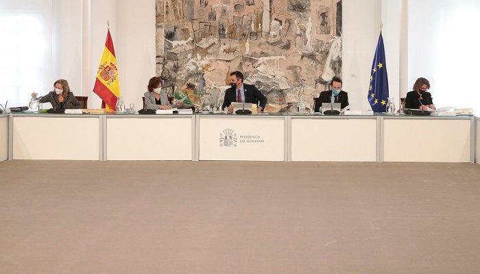 Foto de PGE: incremento de 514 millones para becas en 2021