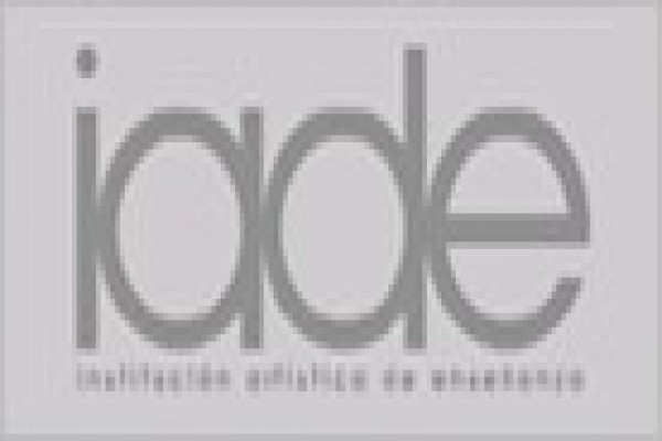 Institución Artística de Enseñanza (IADE), Centro Superior de Diseño
