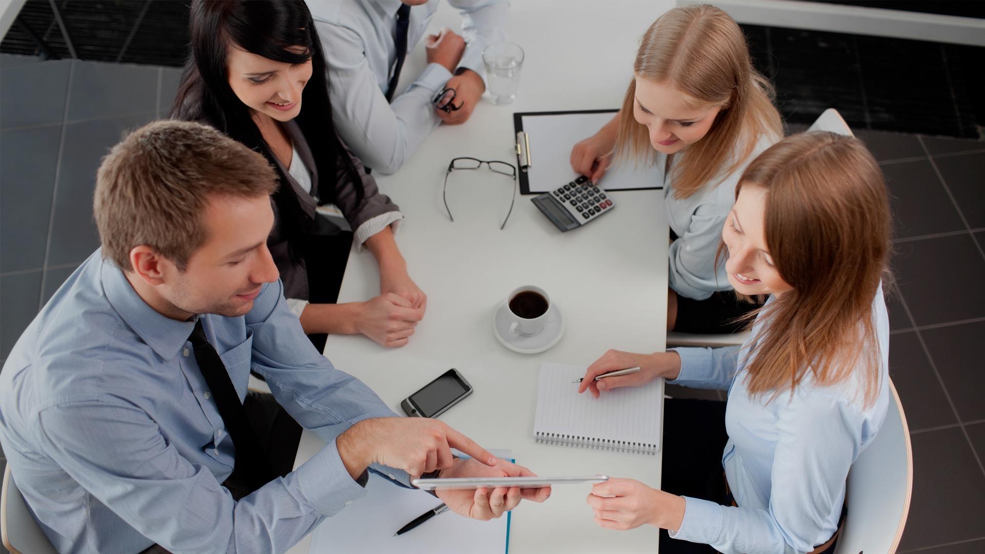 Cursos Universitarios Escuela de Negocios y Dirección