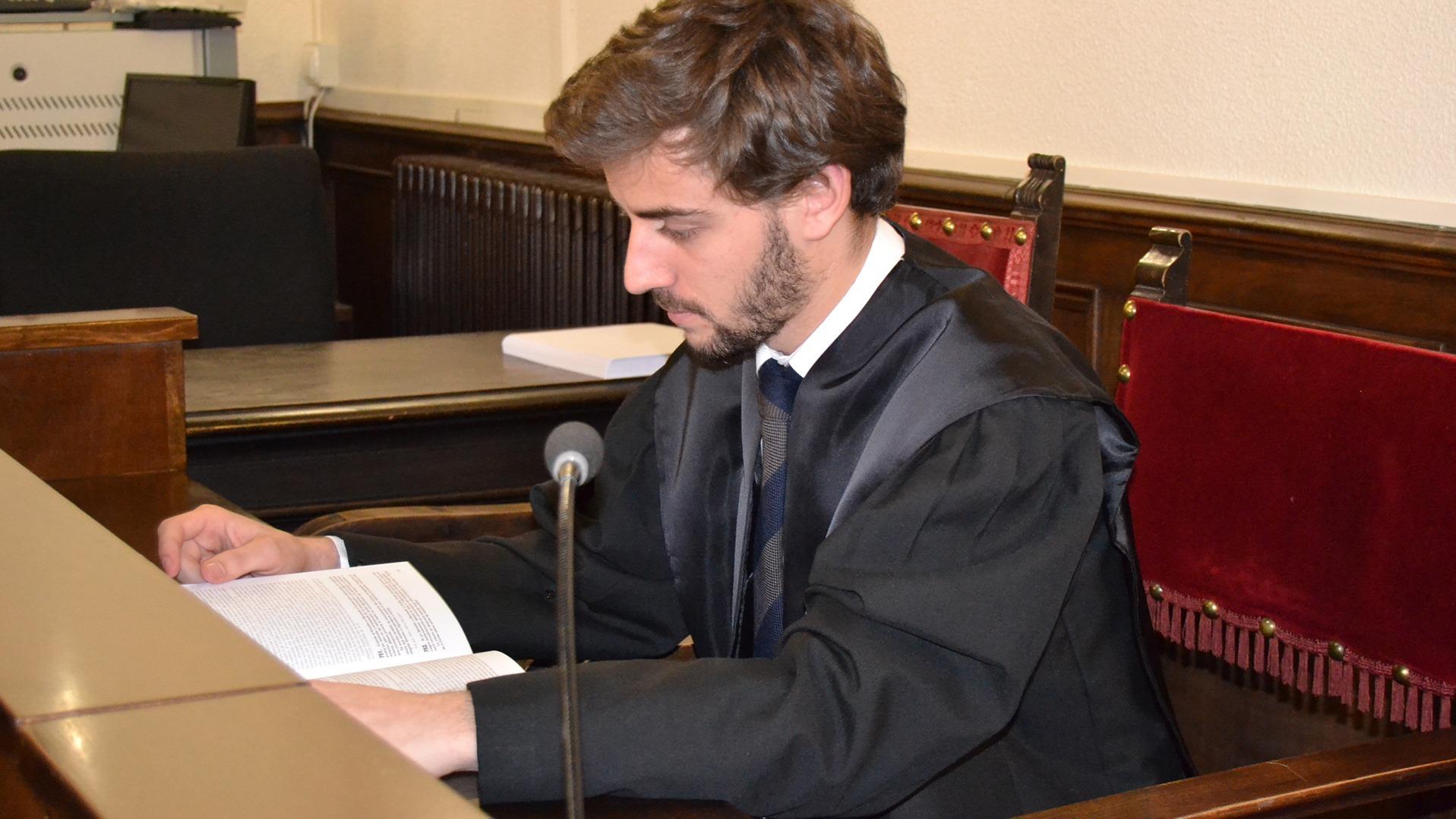 Grado de Derecho online